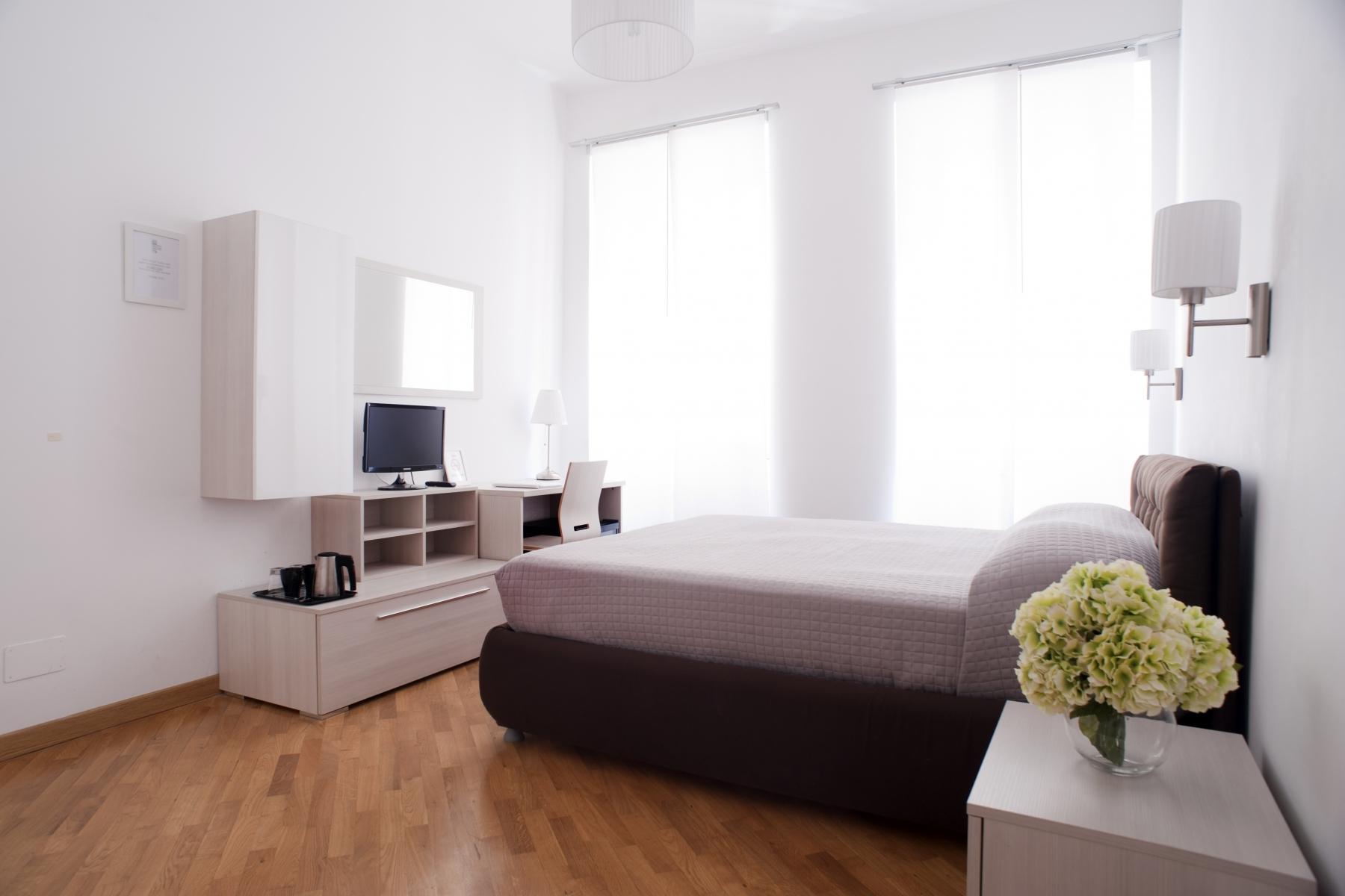 Room2_8889.L